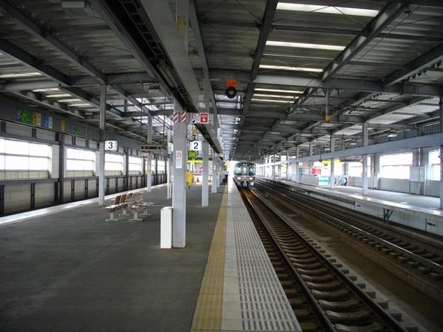 小松駅全覆型上屋