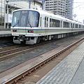 Photos: JR西日本:221系(C005)・223系6000番台(V24)-01