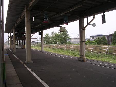 伊達紋別駅ホーム2