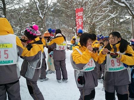 2012-01-20 桶川西中 カンペー汁 (11)