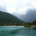 写真: 藍月湖