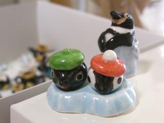 ミニチュア陶器ペンギン03