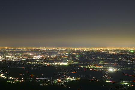 筑波山から東京方面を眺める