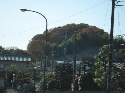 平山橋近くの紅葉