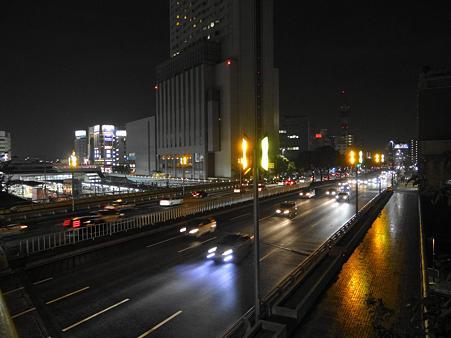 国道19号線と金山駅界隈の夜景