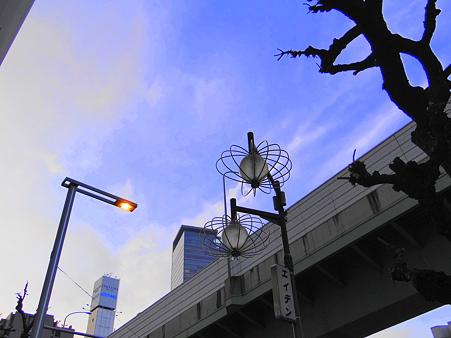 錦通りと名古屋高速道路