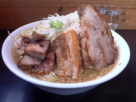 麓郷舎 肉ダブル醤油(アブラ、カラメ)