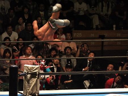 新日本プロレス BEST OF THE SUPER Jr.XIX Aブロック公式戦 獣神サンダー・ライガーvsPAC (7)