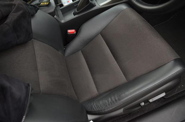 運転席座面の劣化