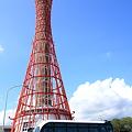 Photos: ポートタワーとボンネットバス