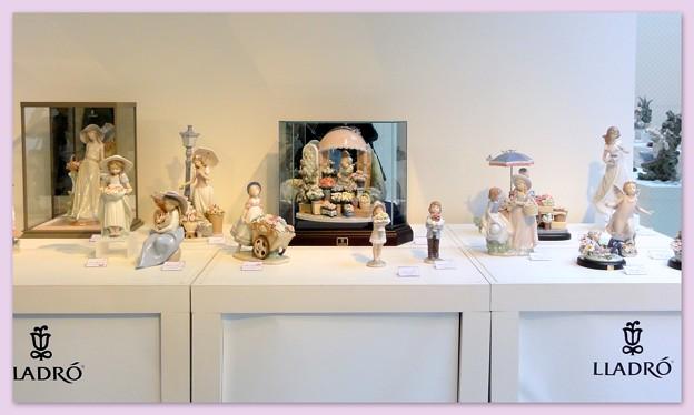 写真: リヤドロプレミアム展・スペイン大使館